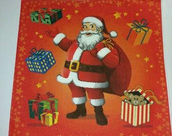4 Santa paper napkins