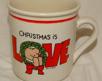 "Vintage 1978 Ziggy Ceramic Coffee Mug ""CHRISTMAS IS LOVE"" Cartoon, Wreath, Christmas Mug, Hot Cocoa Mug,"