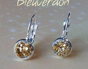 Effect pyrite earrings