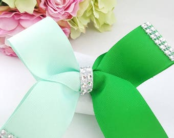 Big Boutique Bow Hair with alligator