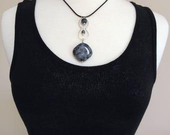Labradorite Leather Necklace, Labradorite Pendant, Black Leather Labradorite Necklace