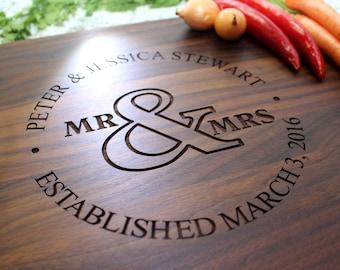 Personalized Cutting Board - Engraved Cutting Board, Custom Cutting Board, Wedding Gift, Housewarming Gift, Anniversary Gift W-010 GB