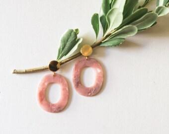 Acrylic Oval Earring // Blush