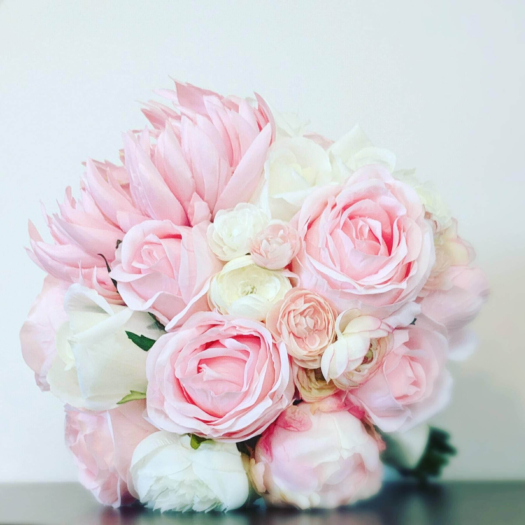 Artificial Bouquet Silk Peony Bouquet Faux Roses Pink