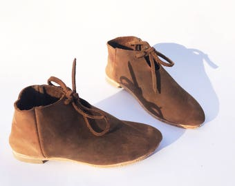 Little girl shoes / toddler shoes / booties /  ballet flats / ankle boots / soft oxfords / Handcrafted by Rilee