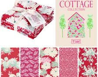 TILDA Cottage - Red Pinks - 5 x FQs Bundle
