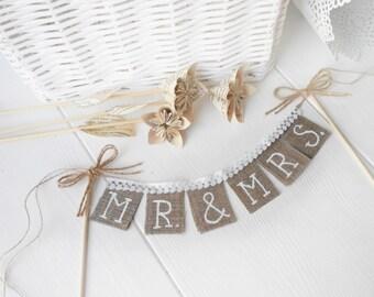 Rustic Mr & Mrs Wedding cake  topper, shabby chic, vintage style, Cake Topper Rustic Wedding Burlap Sign