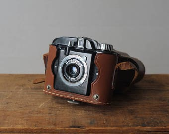 Beacon II Camera by Whitehouse in leather pouch