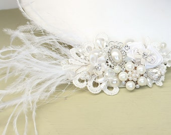Bridal hairpiece- Off White Bridal Comb- Wedding Hairpiece-Feather Hair Comb-Wedding Hair Accessories- Bridal Hair Comb-Feather Hairpiece