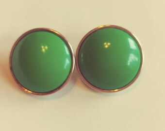 Corro Green Button Clip On Earrings