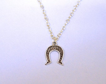 Horse Shoe Necklace, Good Luck Necklace gift, gifts for bridesmaids, horseshoe necklace, lucky charm, horse shoe pendant, lucky necklace