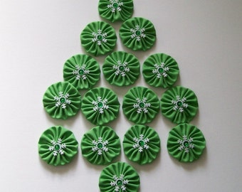 """Set of 15 Green Yo Yos 1.5"""" Embellished with Snowflakes Sequins Beads"""