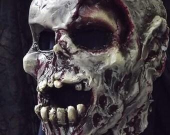 Living dead zombie 3/4 mask.