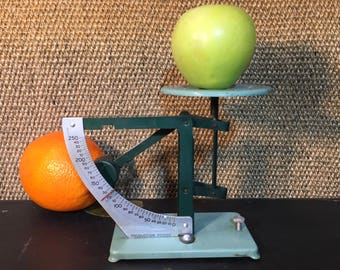 Vintage Scale Green Metal Postal Scale Post Office Letter Scale Collectible