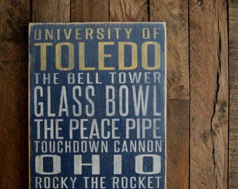 University of Toledo Rockets Distressed Wood Sign--Great Father's Day Gift!