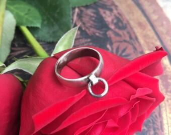 Shackle Band Ring