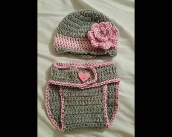 Crochet baby girl flower hat and diaper cover