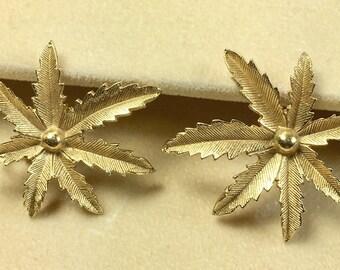 Sarah Coventry Aralia Leaf Motif Earrings Clip Style Designer Signed Gold Tone Vintage-Aralia Leaf Clip Earrings Signed Sarah Cov