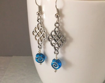 Blue dangle earrings, blue earrings, earrings blue, dangle earrings, blue drop earrings, blue bead earrings