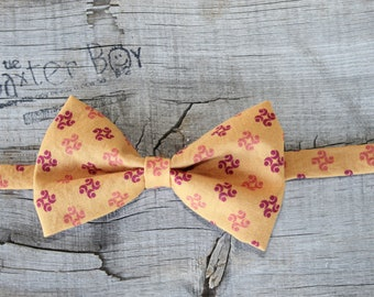 READY TO SHIP ---- Burnt Orange with medallions bow tie, little boy bow tie - photo prop, wedding, ring bearer, accessory