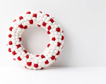 Red White Christmas Wreath. Winter Christmas decor. Candy Cane. Felt ball Wreath. Holiday decor. Festive decor. Xmas wreath. Door wreath.