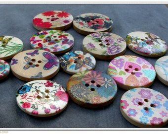 set of 10 wooden floral buttons
