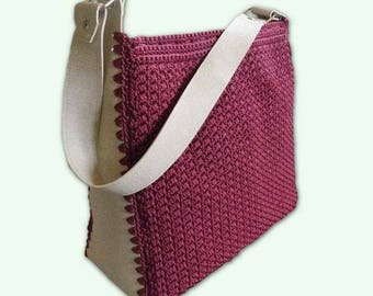 Crochet shoulder bag, eggplant coloured lanyard, giroborsa in light faux leather