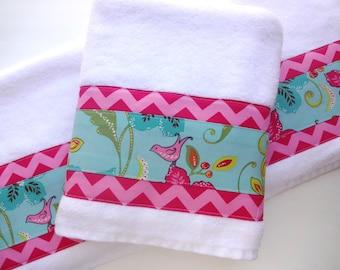 chevron towels pink chevron hot pink chevron blue and pink towels chevron bathroom towels girls bathroom - Pink Bathroom Towels