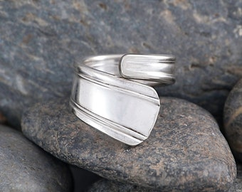 Silverware Handle Ring (Spoon Ring) Size 8 1/4 SR125