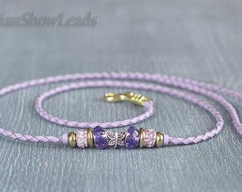 Show leads from kangaroo leather with beads