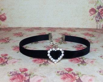 simple rhinestone choker necklace black velvet choker with charm crystal heart necklace chokers for womens gift for her velvet day collar