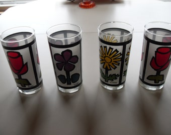 Vintage,retro,Flower Decorated Drinking Glasses