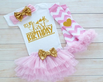 First Birthday Girl Outfit, First Birthday Shirt, Cake Smash Outfit, 1st Birthday Girl Outfit, Birthday Girl Bodysuit, Birthday Girl Gift
