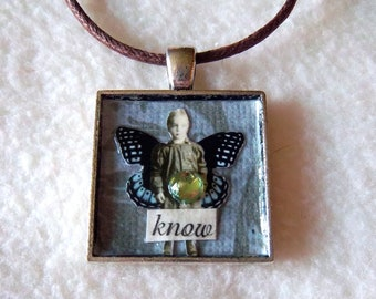 "Square Silver Pendant Necklace No.24 - ""Know"""