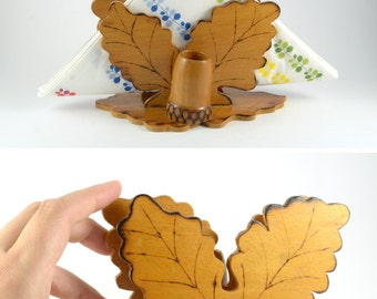 Vintage Napkin Holder / Vintage Wood Oak Leaf Napkin - Toothpick Holder / Acorn Toothpick Storage Stand / Woodland Decor / Letter Pen Holder