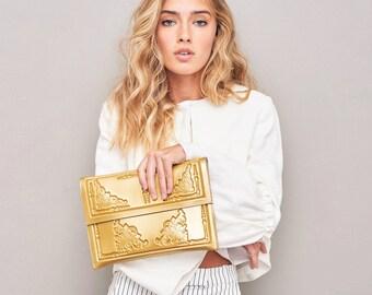 Vegan gold clutch / vegan purse / vegan gold evening bag / gold color bag / women clutch bag / medusa vegan bag / handbags for women