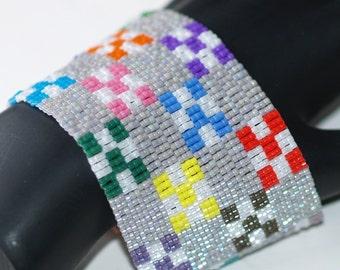 Nine-Patch Quilt ... Peyote Bracelet . Beadwoven Cuff . Wide . Colorful . Multicolor . Nostalgic . Geometric . Squares . Patchwork