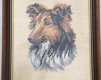 Vintage Needlepoint Dog Picture. Border Collie Tapestry Picture in Decorative Gilded Wooden Frame. Framed Gobeline Dog Picture ROP0224