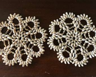 Vintage Seashell Trivets - flower design