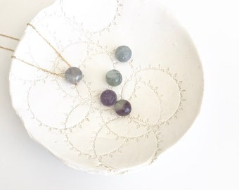 Fluorite necklace, Healing crystal necklace, stone necklace, gemstone necklace, simple birthstone necklace, December birthstone, dainty gift