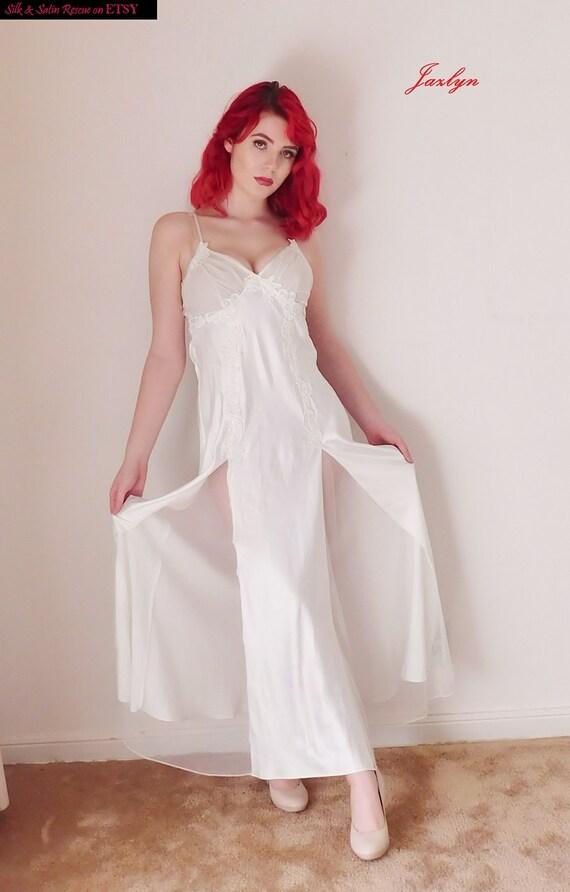 Victoria\'s Secret BRIDAL White SATIN CHiffon and Lace