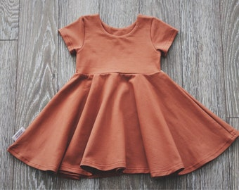 Abi dress, with or without heart at the back, rust
