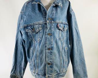 Vintage 90s Levi's Denim Trucker Jean Jacket Mens Size Large 70507-0389