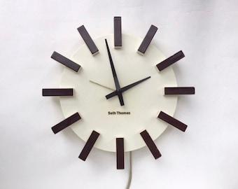 Wonderful Plastic Modernist Seth Thomas Wall Clock
