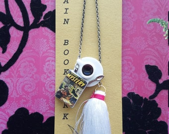 Mystery Genre Coffee Cup Chain Bookmark
