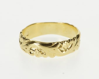 14K Ornate Embossed Scroll Pattern Wedding Band Ring Size 6.25 Yellow Gold