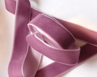 5 yards 3/4 inches Velvet Ribbon in Amethys RY34-199