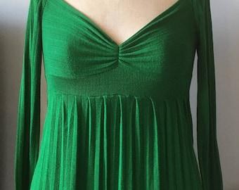 Plunge Emerald Green Top size 14, Anthropologie
