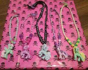Super Cute My Little Pony Necklace, coloring sheet and sticker