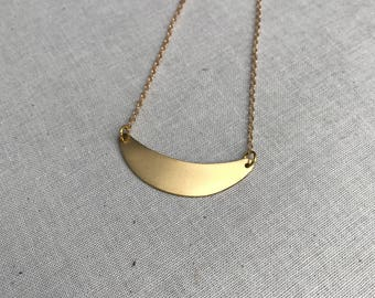 Crescent Necklace. Simple Brass Necklace. Brass Pendant. Layering Necklace. Everyday Jewelry. Minimalist Jewelry.
